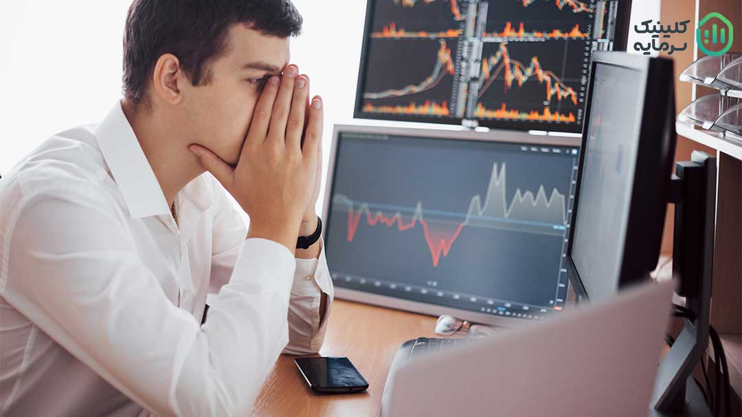 افرادی که به تازگی با بازارهای مالی آشنا میشوند تحت هیجان قرار می گیرند و در ابتدای کار تمام سرمایه خود را وارد بازار کرده و سپس سرمایه خود را از دست می دهند لذا باز کردن حساب دمو برای شروع فعالیت در بازارهای مالی بسیار کمک کننده است.